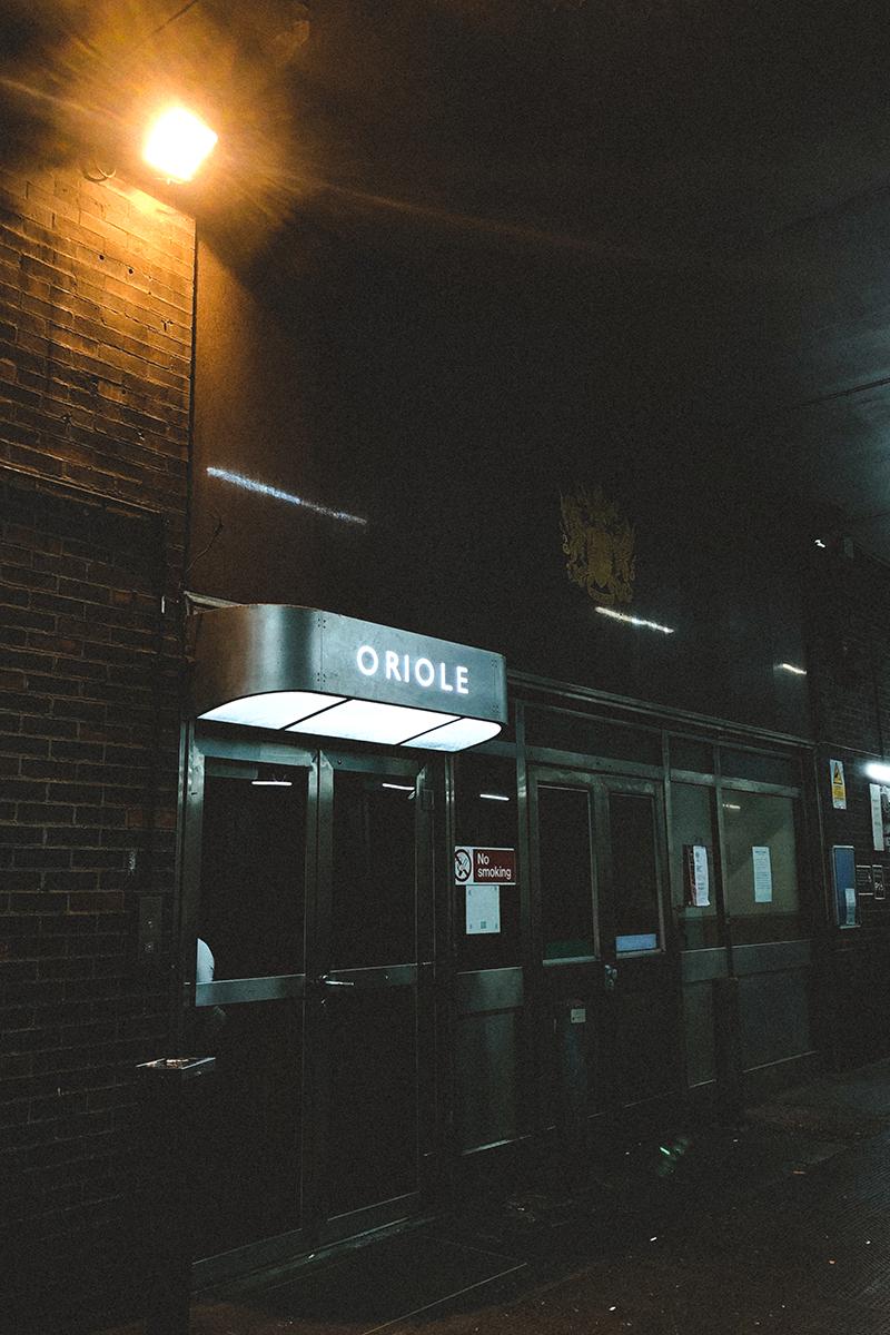 ingresso dell'oriole bar a londra